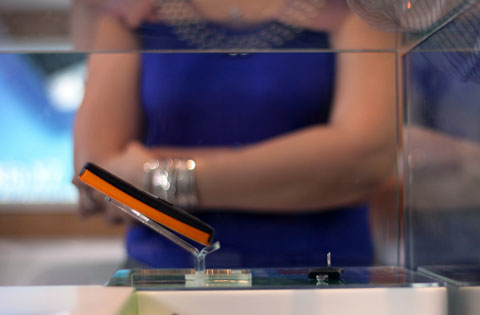 Điện thoại 2 sim của Nokia bán tốt. Ảnh: Quốc Huy.