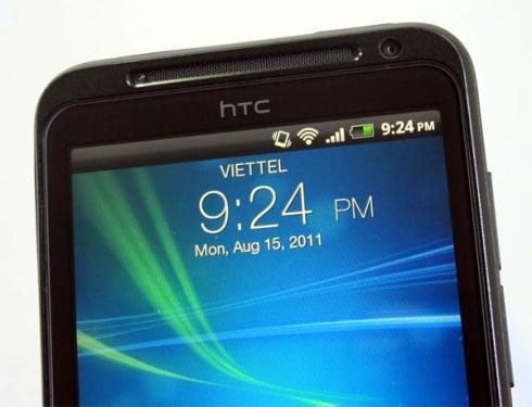 1000528492_HTC_EVO_3D_s.jpg