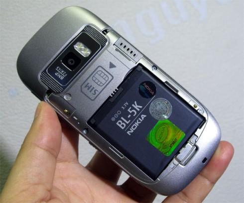 1000536000_Nokia-701-Unbox_12.jpg