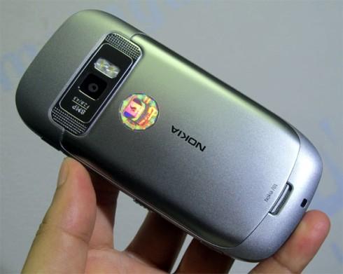 1000536000_Nokia-701-Unbox_8.jpg