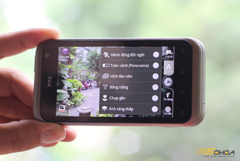 ...bên cạnh đó, người dùng cũng có thể đặt các tùy chọn về HDR, màu sắc...