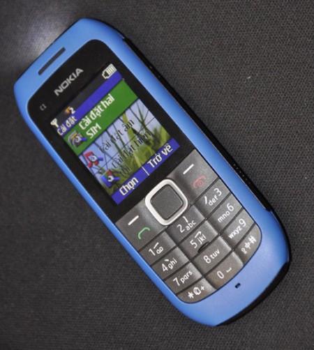 1000538877_Nokia_C1-00_d.jpg