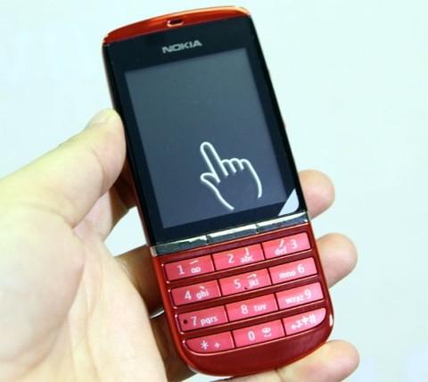 1001413752_Nokia-Asha-300_5_480x0.jpg