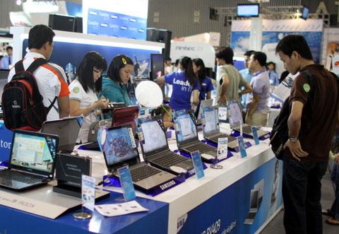 Netbook ngày một ít người mua hơn so với trào lưu rầm rộ vài năm trước.