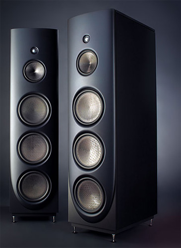 Magico Q5 có kết cấu 4 đường tiếng.