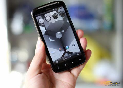 Sensation là di động hai nhân đầu tiên của HTC. Ảnh: Quốc Huy.