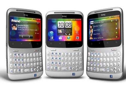 HTC Chacha với bàn phím QWERTY.