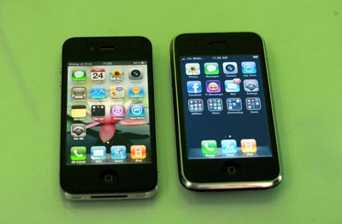 Các mẫu iPhone cũ được rao bán nhiều hơn sau Tết. Ảnh: Quốc Huy.