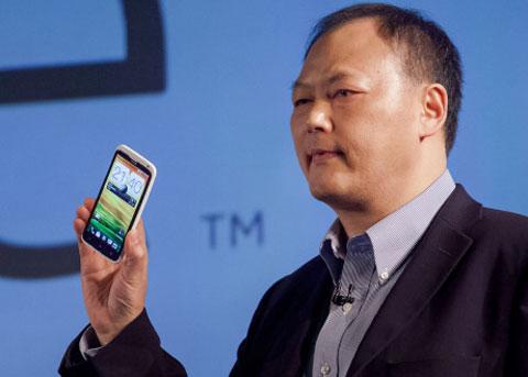 One X là sản phẩm đỉnh cao của HTC. Ảnh: Cnet.