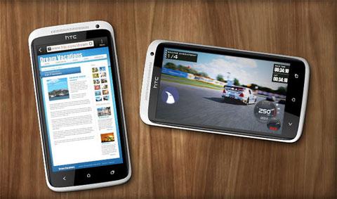 HTC One X là một trong 3 smartphone lõi tứ đầu tiên trên thế giới.