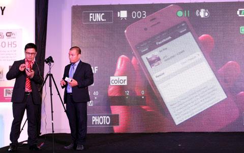 Máy ảnh của Canon năm nay có kết nối Wi-Fi.