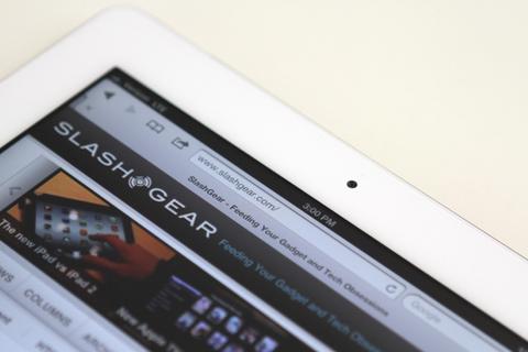 iPad 2 mới sử dụng vi xử lý công nghệ 32nm có hiệu suất pin được cải thiện đáng kể. Ảnh: Slashgear.