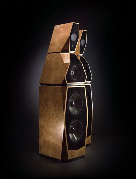 Loa Avalon Sentinel là thiết kế của ông Neil Patel, chủ nhân của Avalon Acoustics.