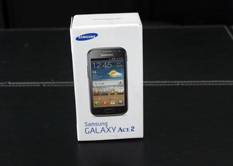 Hộp đựng Samsung Galaxy Ace 2.