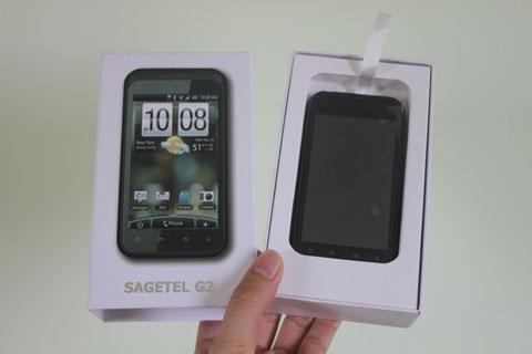 G3 sở hữu màn hình rộng 4 inch.