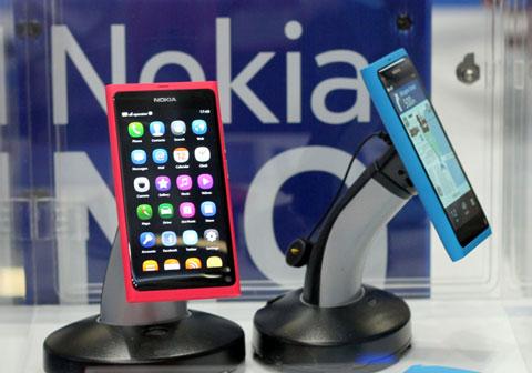 Cuộc chiến Nokia và Samsung sẽ hấp dẫn trong nửa cuối năm nay. Ảnh: Quốc Huy.
