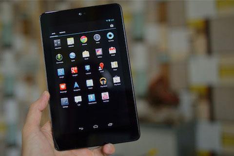 Nexus 7 với giao diện giống smartphone.