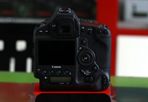 1000040171_canon-1DX-5.jpg