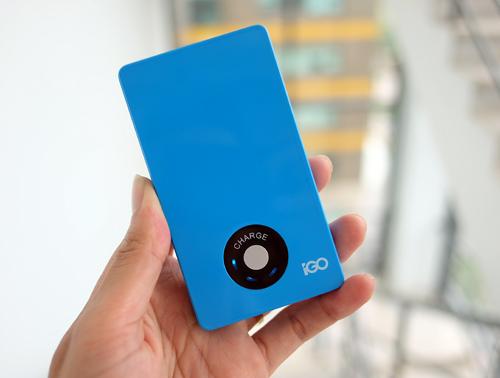 Pin sạc iGO sử dụngcông nghệ pin Lithium Polymer và được Apple cấp phép chính thức.