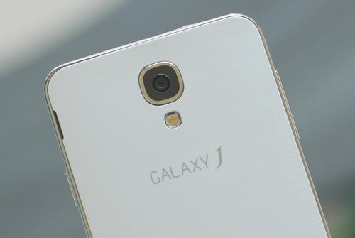 Samsung-Galaxy-J-13-JPG.jpg