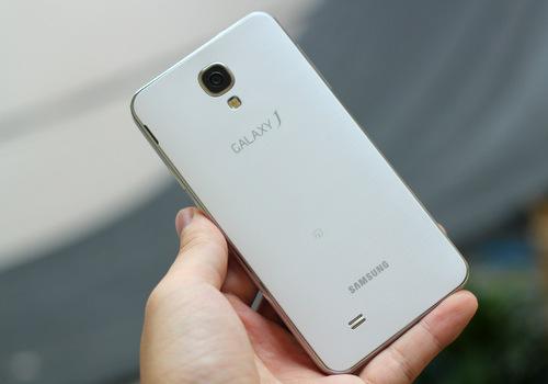 Samsung-Galaxy-J-14-JPG.jpg