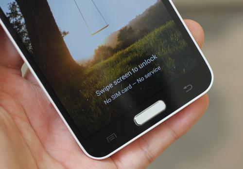 Samsung-Galaxy-J-4-JPG.jpg