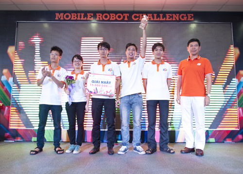 robot-2650-1385208160.jpg
