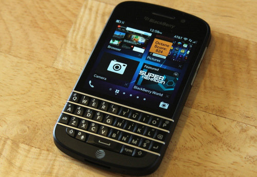 BlackBerry-Q10-2775-1386322196.jpg