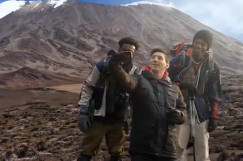 Cuộc đua chụp ảnh 'tự sướng' ở những nơi độc đáo giữaLeo Messi và Kobe Bryant