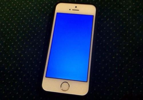 iphone-5s-blue-screen-640x352-5709-13918