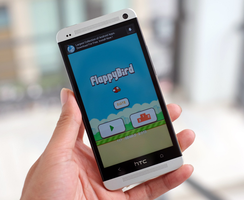 Flappy Bird đem lại thành công bất ngờ. Ảnh: Tuấn Hưng.