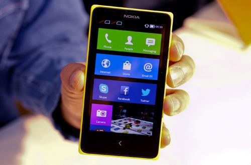 Nokia X chạy Android là bước đệm đề tiếp cận và giúp người dùng làm quen với Lumia Windows Phone.