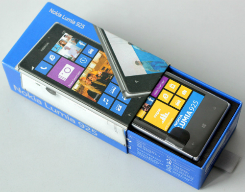 Nokia-Lumia-925-2-JPG-13774869-5994-9413