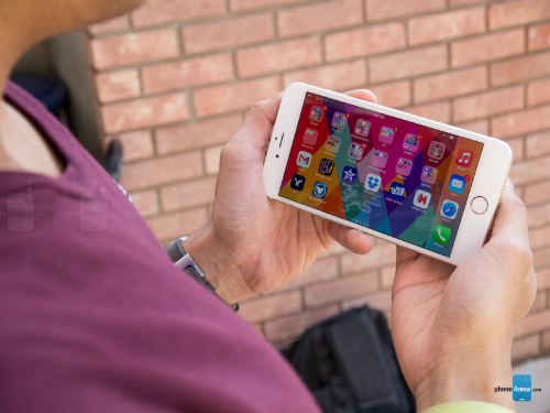 iPhone 6 Plus có doanh số bán thấp hơn iPhone 6.