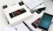 Hàng dựng các dòng điện thoại Xperia bán tràn lan thị trường