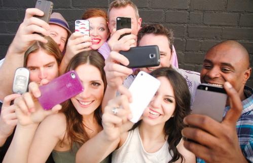 Ngày càng có nhiều smartphone được thiết kế để chuyên chụp ảnh selfie.