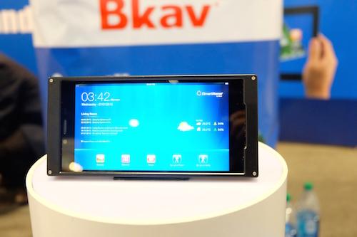 Bkav trưng bày điện thoại của mình tại CES 2015