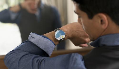 Moto 360 được Canalys đánh giá là kẻ dẫn đầu trong thị trường smartwatch.
