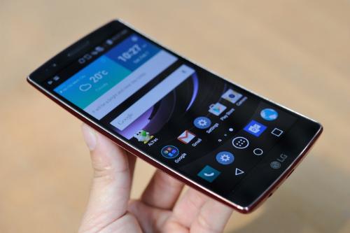 LG-G-Flex-2-VnExpress-6640-1424313118.jp