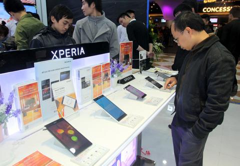Hàng loạt smartphone từ cao cấp cho tới giá rẻ được giảm giá sau Tết.