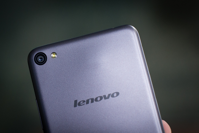 Smartphone giá rẻ phong cách giống iPhone