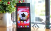 FPT ra mắt cặp đôi smartphone S400 và S450