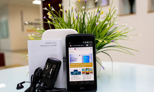 Mở hộp Desire 326G - smartphone 2 sim giá tốt của HTC