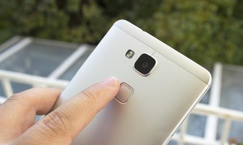 10 smartphone được trang bị cảm biến đọc vân tay