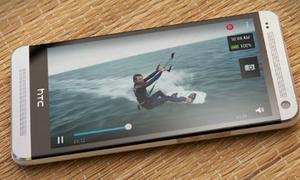 Có 4 triệu đồng, mua gì giữa điện thoại LG, HTC và Sony?