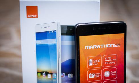 Smartphone 2 sim pin chờ một tháng, dung lượng 5.000 mAh
