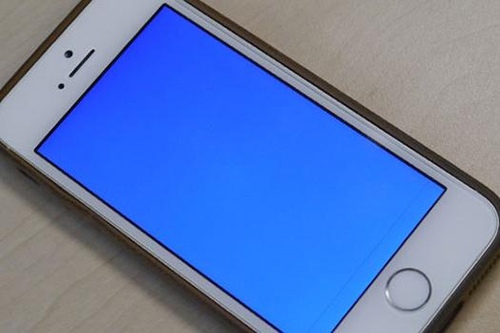 iphone-5s-blue-screen-of-death-3710-5183