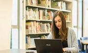 Mua laptop hay tablet để học ngoại ngữ