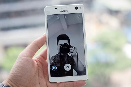 Sony-Xperia-C4-VnE5-3327.jpg