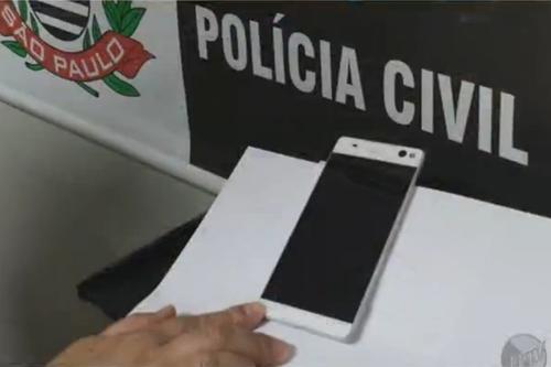 Pin dự phòng MiLi Power: Cảnh sát Brazil tiết lộ hình ảnh smartphone không viền của Sony